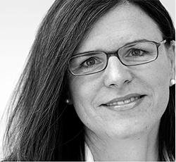 9 Kurze Fragen An …. Rechtsanwältin Sabine Heukrodt-Bauer